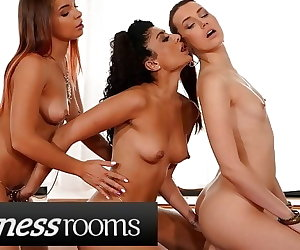 porn Fitness Rooms Charlie Red and Renata.., Renata Fox , fingering  lesbian