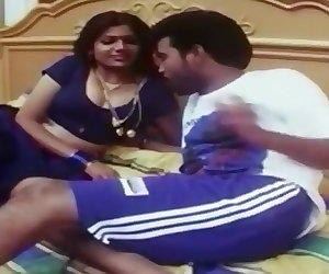 porn Indian Housewife Romance with her.. mom